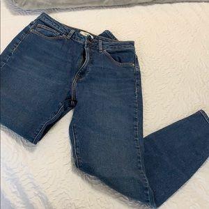 Super High-Waisted Mom Jeans (NWOT)